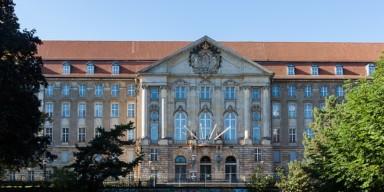 Kammergericht zu Unterlassungspflichten bei Handlungen Dritter 6